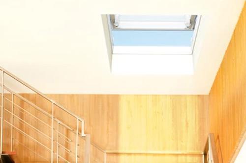10-modelos-de-janelas-de-sotao-que-tem-de-conhecer-janela-plana-pgm-a1